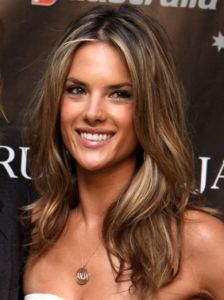 Pictures : Alessandra Ambrosio Hairstyles - Alessandra Ambrosio with Blonde Hair Highlights