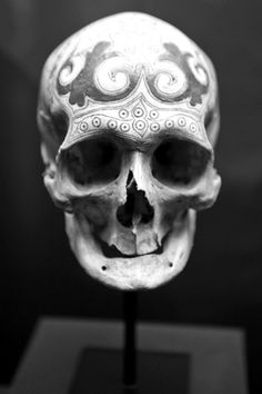 Ancestral skull with engraving. Private collection. Dayak, Borneo, 19th Century. The ancestral skulls were decorated with fine lead inlays. Photo credit: Hugo Maertens, Bruges