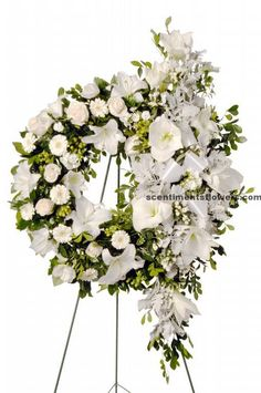 Flower Arrangement for Funeral can be designed beautifully with the strong flower fragrant. You may choose jasmine, rose and the other flowers which will be nice flower for funeral. Grave Flowers, Funeral Flowers, Wedding Flowers, Funeral Floral Arrangements, Flower Arrangements, Fresh Flowers, White Flowers, Wreaths For Funerals, Funeral Sprays