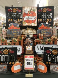 Flea Market Finds, Fall Table, Christmas Fashion, Thanksgiving Crafts, Fall Collections, Fall Decorating, Craft Party, Hobby Lobby, Ideas Para