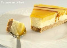 Tarta mousse de limón - MisThermorecetas.com Cheesecake Recipes, Pie Recipes, Sweet Recipes, Candy Recipes, Dessert Recipes, Thermomix Desserts, Sweet Tarts, Recipe For 4, Bakery