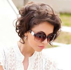 19.Curly Short Hairstyle