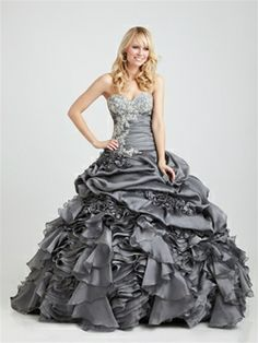 Night Moves Prom 2011: Style: Q342