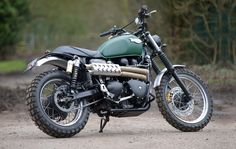 Scrambler motorcycles are the current craze in the custom bike scene, and now manufacturers are catching on. Learn more about the origin of the Triumph Scrambler. Triumph Scrambler Custom, Scrambler Motorcycle, Triumph Motorcycles, British Motorcycles, Cool Motorcycles, Tw 125, Enduro, Custom Cafe Racer, Bike Shed