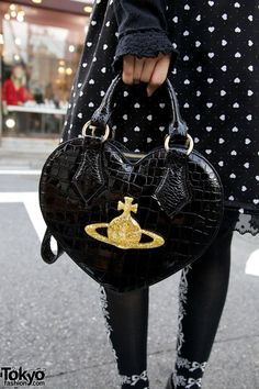 Vivienne Westwood bag awww sooo love the bag its georgous i soooo love hearts awwww i must get 1 mwah x