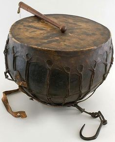 Ottoman timpani, before 1714,  a present from Sultan Ahmed III to Augustus the Strong, Dresden State Art Collections. Ottoman Turks, Ottoman Furniture, Ottoman Empire, Dresden, Cool Guitar, Take That, Musical Instruments, Weapons, Musicals