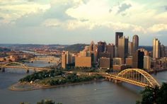 The best eats, views, and things to do during a short stay in the Steel City. Read on.