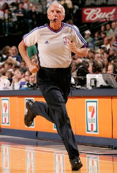 Dick Bavetta NBA Referee Nba, Football And Basketball, Referee, World Of Sports, New York Street, Hardwood, Boards, Sporty, Planks