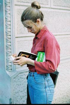 Mom Jeans---sooooooo cute, i love this whole attire