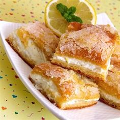 "Lemon Cream Cheese B Lemon Cream Cheese Bars ""One word describes this recipe — Excellent Sweet Treats! The post Lemon Cream Cheese Bars appeared first on Fun Healthy Recipes. Lemon Desserts, Lemon Recipes, Sweet Recipes, Dessert Recipes, Dessert Bars, Dessert Food, Lemon Cream Cheese Bars, Desserts With Cream Cheese, Recipes Using Cream Cheese"