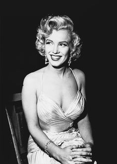 Marilyn Monroe photographed by Phil Stern, 1953