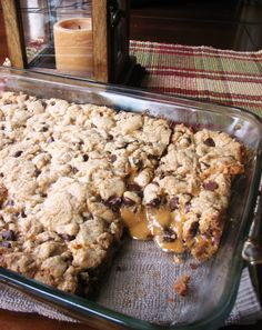 Chocolate Chip Salted Caramel Cookie Bars | relativetaste