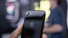 Après liPhone 7 noir de jais Samsung dévoile sa propre variante pour le Galaxy S7 Edge
