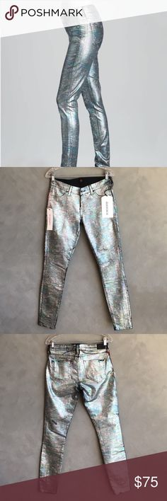 """Sinclair Women's Skinny Jeans Metallic Multicolor These Sinclair jeans are COE The Fixed style, with a fabulous """"mystic moon"""" iridescent/metallic finish. These pants will hypnotize you! Size 28. Here are the rest of the measurements:  hips 17"""", front rise 8.5"""", back rise 11"""", inseam 30.5"""", outseam 40"""", leg opening 10"""". They are brand new/never been worn, and have no flaws or defects. Sinclair Jeans Skinny"""
