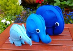 Set of 3 Toy Elephants Stackable Felt Blue Elephant by DaisyFelts Nursery Toys, Conkers, Felt Decorations, Handmade Items, Handmade Gifts, Elephants, Kids Toys, Dinosaur Stuffed Animal, Crafts For Kids