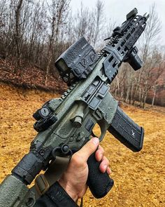 Airsoft hub is a social network that connects people with a passion for airsoft. Talk about the latest airsoft guns, tactical gear or simply share with others on this network Military Weapons, Weapons Guns, Airsoft Guns, Guns And Ammo, Tactical Rifles, Firearms, Tactical Survival, Shotguns, Armas Wallpaper
