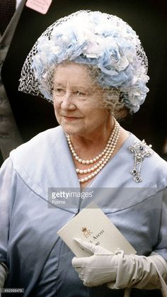 Queen Elizabeth the Queen Mother's sapphire and diamond wedding brooch - a beautiful whopper brooch, which neither Queen Elizabeth II nor the Duchess of Cornwall have worn until now!