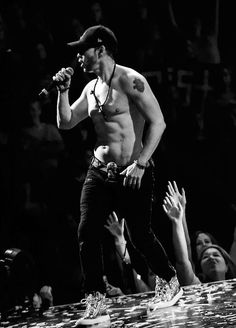 Donnie Wahlberg- The Package Tour