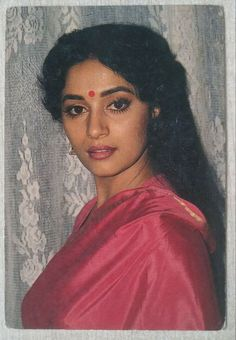 Old Film Stars, Madhuri Dixit, Bollywood Stars, Indian Beauty, Indian Actresses, Cinema, Actors, Cute, Movies