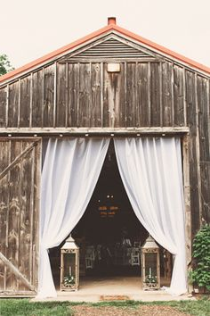Murray Hill wedding venue: White/light colored drapery to lighten up the inside of the barn