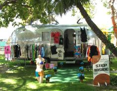 Travel Trailer Boutiques - Independent Designer Goes Mobile in Her Airstream 'Hitch Couture' (GALLERY)