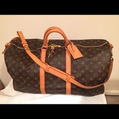 LOUIS VUITTON KEEPALL BANDOLIERI KEEPALL 55 Hello Friends!! Welcome!! Retail price was $1883 (includes tax) Bag was professionally cleaned and conditioned with a balsam leather conditioning product for $100. The bag has a stain from shampoo inside. The bag has no smells or odors because its coming from a clean house that is smoke & pet-free. The bag doesn't have a dust cover. It's in great condition and please feel free to inbox me with any questions/ concerns you may have!! Thank you so…