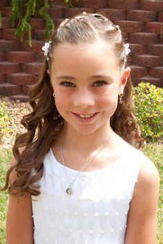 Princess Piggies: Baptism Picture Hair - All For Hairstyles Flower Girl Hairstyles, Princess Hairstyles, Little Girl Hairstyles, Cute Hairstyles, Baptism Pictures, Peinado Updo, Communion Hairstyles, Girl Hair Dos, Girls Braids