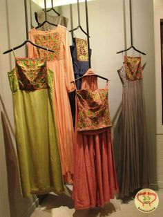 Nee & Oink present an Envious Collection of Women's Wear for the Pujas, Actress Raima Sen graces Store Launch  http://fashion.sholoanabangaliana.in/nee-oink-present-an-envious-collection-of-womens-wear-for-the-pujas-actress-raima-sen-graces-store-launch/