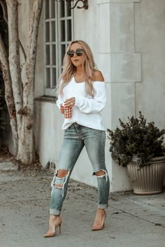Flames or Houndstooth? The Starbucks Cup Question – Street Style Rocks Flames or Houndstooth? The Starbucks Cup Question Fall Fashion Urban Fashion, Trendy Fashion, Boho Fashion, Winter Fashion, Fashion Outfits, Womens Fashion, Fashion Tips, Fashion Trends, Cheap Fashion