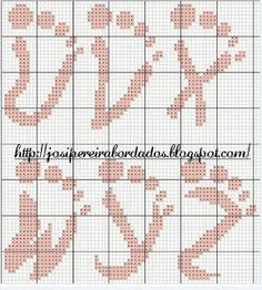 *♥*´¯`*Bordando Carinho*´¯`*♥*: Alfabeto em Ponto Cruz em Formato de Pé