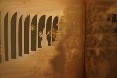 Yusuke Oono 的縷空紙雕書,帶你進入迷幻書世界   大人物