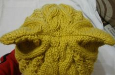 """Online on """"The Cat's Hat"""". Cat Hat, Knitted Hats, Knitting, Beret, Long Scarf, Gatos, Caps Hats, Crocheting, Tejidos"""