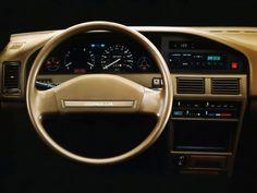 Toyota Corolla Sedan Deluxe US-spec Corolla Twincam, Toyota Corolla, Toyota Canada, Design Retro, Dashboard Car, Toyota Cars, Japan Cars, Dashboards, Motor Car
