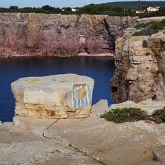 by http://ift.tt/1OJSkeg - Sardegna turismo by italylandscape.com #traveloffers #holiday   Particolari#scoglieralamezzaluna#carloforte#isoladisanpietro##sardiniamylove #loves-united-sardegna#sardegna-super-pics#vivosardegna# volgosardena#sardegnamare#loves-sardegna#igsardegna#sardegna-bestsunset#lanuovasardegna#instasardegna#sardinia-exp-vivo Foto presente anche su http://ift.tt/1tOf9XD   January 27 2016 at 11:01PM (ph gianna.borghero53 )   #traveloffers #holiday   INSERISCI ANCHE TU offerte…