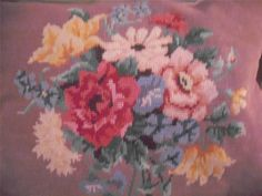 VINTAGE HAND EMBROIDERY NEEDLEPOINT TAPESTRY CUSHION FLORAL SHABBY CHIC