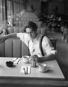 Hugh Grant by Gregory Heisler