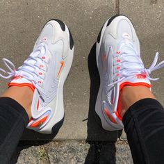 Source by Mommaxtay nike Moda Sneakers, Sneakers Nike, Latest Sneakers, Souliers Nike, Sneakers Fashion, Fashion Shoes, Moda Nike, Basket Style, Aesthetic Shoes