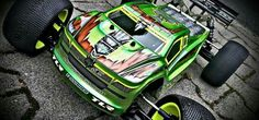 Axial Rc, Rc Cars And Trucks, Truck Paint, Rc Autos, Painting For Kids, Paint Designs, Cry, Remote, Racing