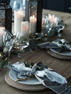www.byrust.no/blogg  // New Year's Eve table Table Setting Inspiration, Scandinavian Style, New Years Eve, Table Settings, Table Decorations, Elk, Rust, Instagram Posts, Home Decor