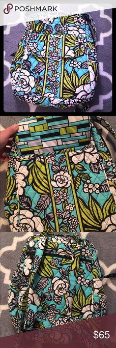 Vera Bradley small backpack! Like new!! Beautiful pattern! Great for the shore, day trips, vacations, etc! Vera Bradley Bags