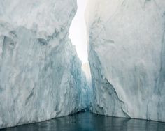 Ilulissat 04, 07/2014. © Olaf Otto Becker. Image courtesy of Huxley-Parlour Gallery.