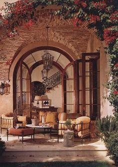Nice outdoor living room.,,,  tres  beau  pour  chambre  d hôte   ,dans  jolie  demeure   un  dépaysement   agréable,,,,,,,,**+