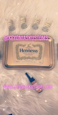 Hennessy Rolling Tray Set Comes with Tray, 4 Shot Glasses, Ashtray, Coaster, Lighter and Bud Container Diy Resin Tray, Diy Resin Crafts, Diy Arts And Crafts, Resin Art, Hennessy Bottle, Diy Gifts To Sell, Drinks Tray, Presents For Friends, Frozen Drinks