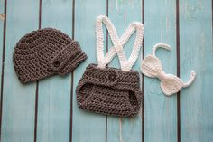 Crochet Newborn boy hat newsboy hat set with bow by Stephyscrochet, $36.00 Baby Boy Photos, Baby Pictures, Newborn Crochet, Crochet Baby, Newborn Boy Hats, Newborn Photo Outfits, Crochet For Boys, Diaper Covers, News Boy Hat