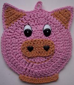 Crochet Pig Potholder - inspiration only Crochet Hot Pads, Crochet Pig, Crochet Home, Cute Crochet, Crochet Animals, Crochet Yarn, Granny Square Häkelanleitung, Granny Square Crochet Pattern, Crochet Motif