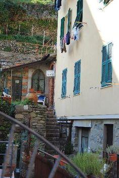 massage studio in Vernazza (Cinque Terre)