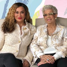 Tina Knowles-Lawson and Sister Selena Beyonce Family, Beyonce And Jay Z, Beyonce Kids, Famous Celebrities, Famous Women, Celebs, Celebrity Siblings, Celebrity Moms, Celebrity Faces
