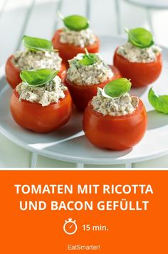 Tomatoes stuffed with bacon, ricotta and oregano Ricotta, High Tea Food, Bacon, Food Porn, Tesco Real Food, Snacks, Eat Smarter, Perfect Food, Appetizers For Party