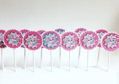 Girls Lego Party, Lego Girls, Lego Cupcakes, Girl Cupcakes, Handmade Items, Handmade Gifts, Powerpuff Girls, Cupcake Toppers, Geek Stuff