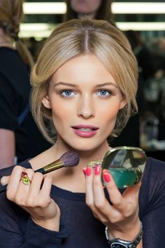 The Right Blush For Your Skin Tone - How to Find the Right Blush
